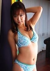 Maki Hoshino shows off her skin